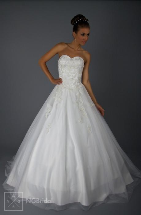 Kleider - Brautkleider Brautmode 2013 - Prinzessin 2013 - Luxus ...