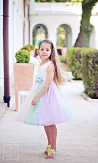 Festliches Kinderkleid mit Tüllrock und feiner Schleife -  Modell 220