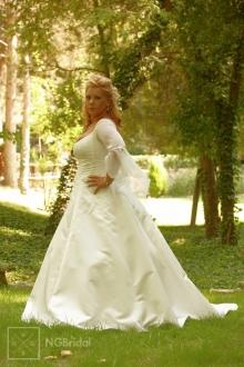 Brautkleid aus amerikanischem Satin mit Seidenchiffon und feenhaftem Ärmel - 7113