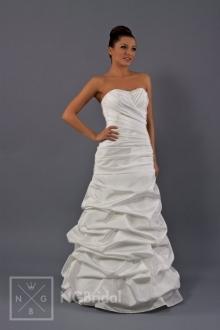 Schlichtes Brautkleid aus handdekoriertem Taft mit vollkommenen Formen - 1701