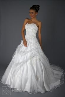 Brautkleid Modell 1822 ein garantiert absolutes Prinzessinnen  Brautkleid. - 1822