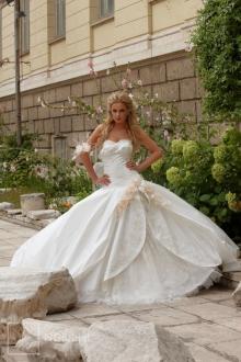 Brautkleid Modell - 7120