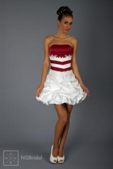 Kurzes Brautkleid ohne Schleppe - Hochzeitsmode 2013 - 1826