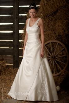 Brautkleid aus amerikanischem Satin in A-Silhouette mit V-Ausschnitt und feinen Spaghetti-Trägern - 101103