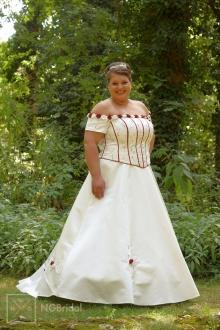 Brautkleid mit zwei Teilen mit enganliegendem Korsett - 7106